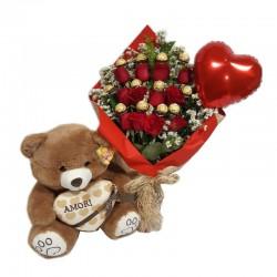 buquê com 12 rosas 12 unidades de ferreiro um balão de coração e uma pelúcia 2